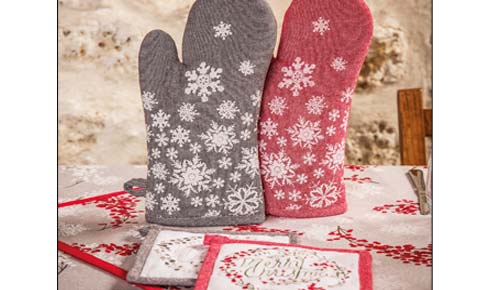 Mitten + MERRY CHRISTMAS pot holder by the House master