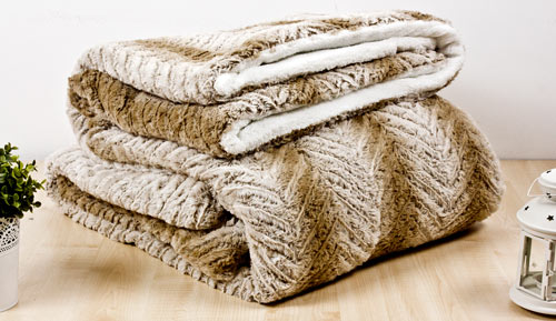 Quilt / Blanket 3 layers Sherpa 220 X 240cm - Engraved 17