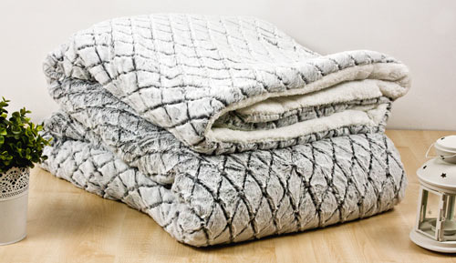 Quilt / Blanket 3 layers Sherpa 220 X 240 CM - Engraved 15