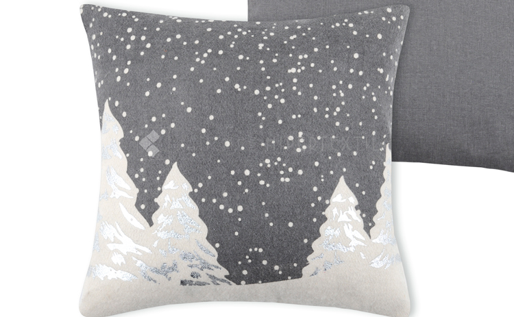 COMPLETE WOOL CUSHION FOR CHRISTMAS SNOWING 40x40 CM